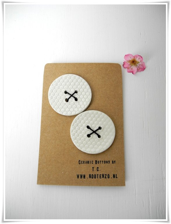 Buttons - White with snakeskin texture gloss - 2x